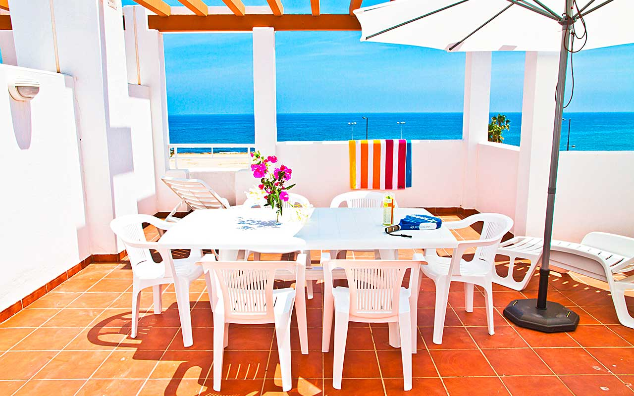 Mojacar playa balkon während Longstay Spanien | Sunbirdie