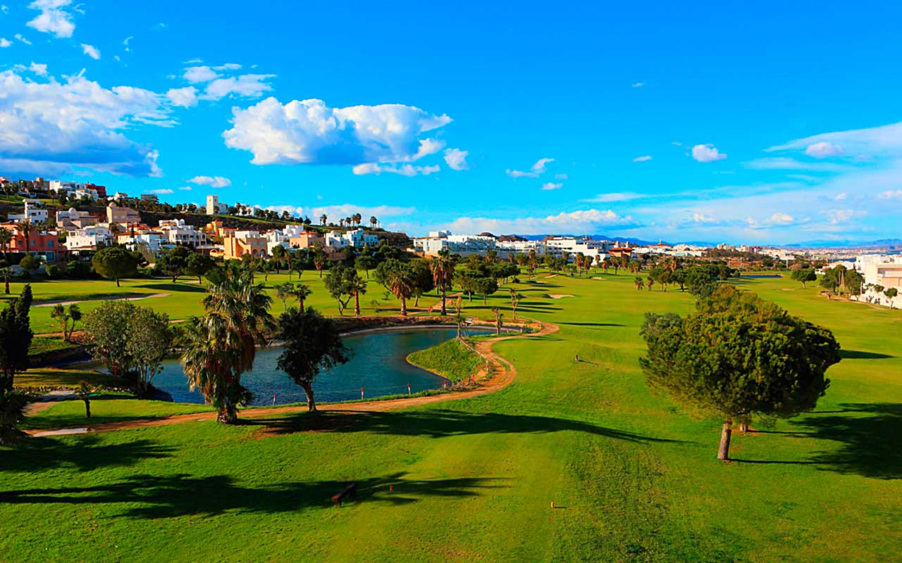 Costa Almeria Mojacar Playa Golfplatz während Longstay Spanien | Sunbirdie