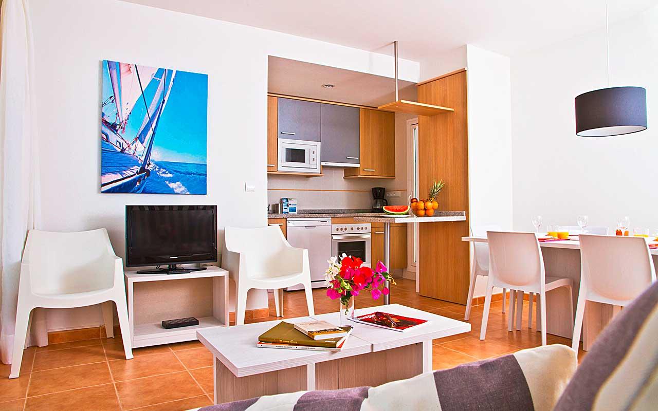 Geräumiges Wohnzimmer während long stay Spanien | Sunbirdie