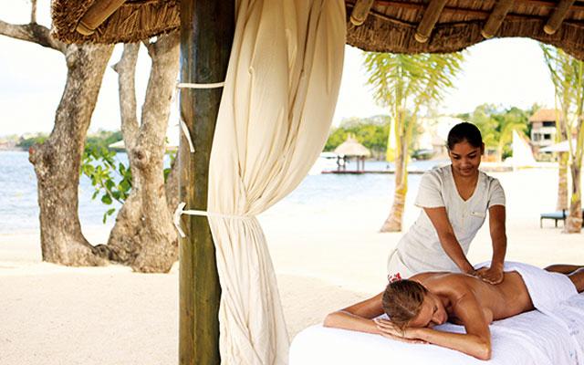 Massage während Golfreisen nach Mauritius | Sunbirdie
