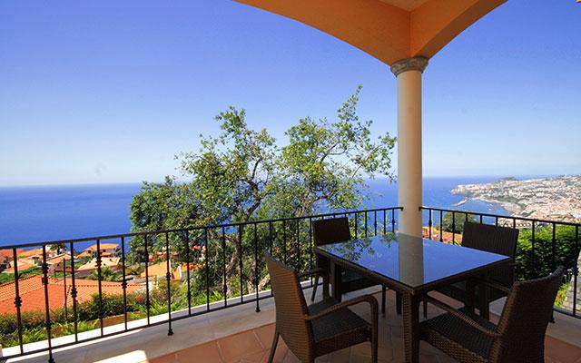 Küstenblick von Madeira Palheiro  während long stay Portugal | Sunbirdie