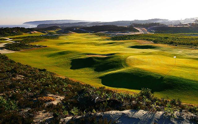 Praia del Rey West Klippen Golfplatz während long stay Portugal | Sunbirdie