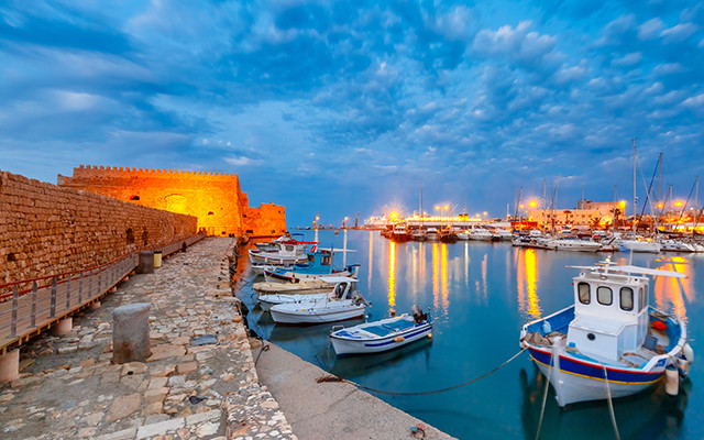 Griechenland Kreta Heraklion Hafen während Longstay | Sunbirdie