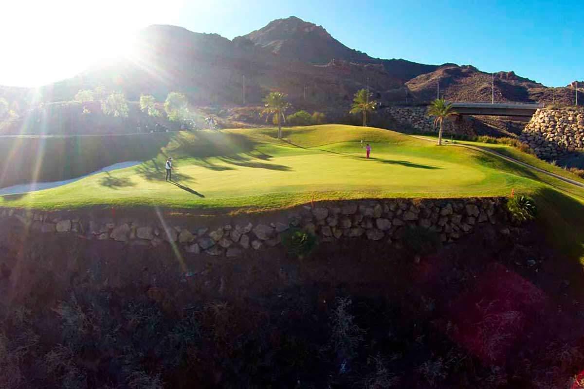 Golf spielen am Costa Almeria Golfplatz während Longstay Spanien | Sunbirdie