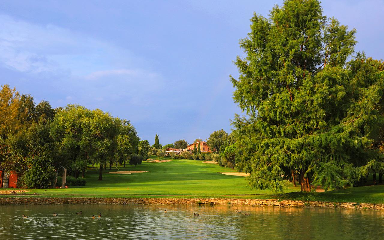 Longstay Italien am Seeufer Golfplatz am Garda | Sunbirdie