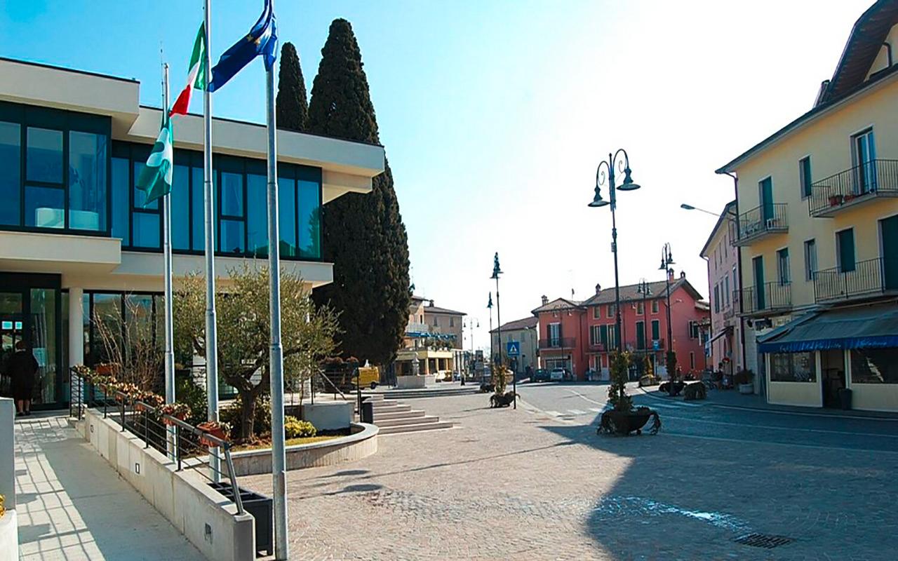 Wasseransicht bei Moniga del Garda während Long stay Italien - Sunbirdie