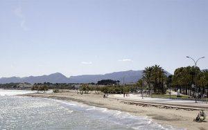 Golfreisen Spanien mit Blick auf den Strand in Costa Dorada